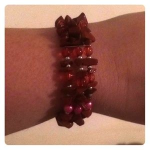 Jewelry - Beautiful Bracelet fits & wears nicely.